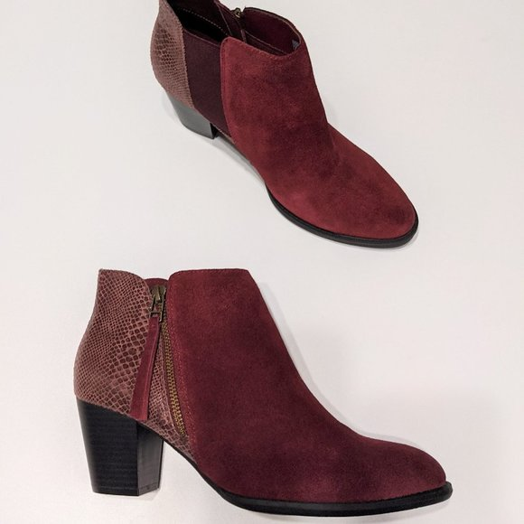 NEW Vionic   Anne Ankle Boots in Merlot Snake